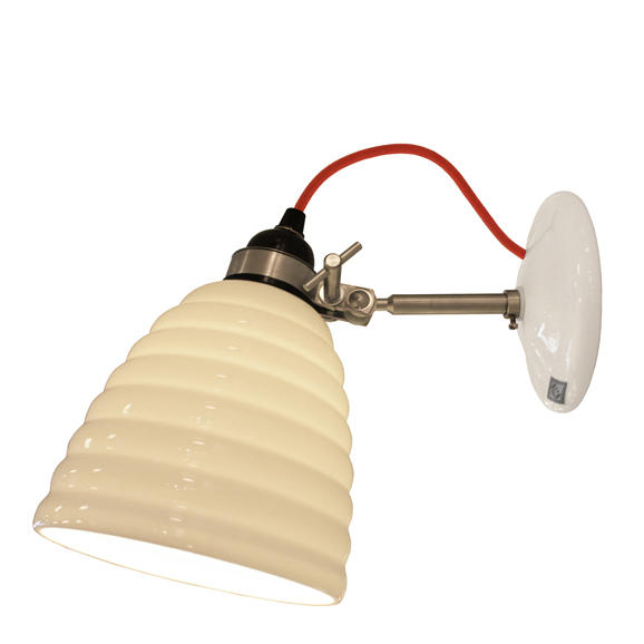 3NEWFW498WR _ Old BTC Hector Bibendum White Wall Light Red Cable